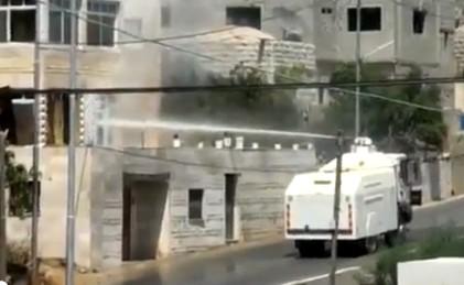 Israeli-SprayTruck