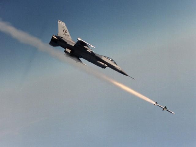 F-16_Fires_AIM-7_lg