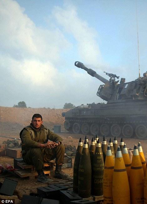 Israeli_soldier-w-Tank