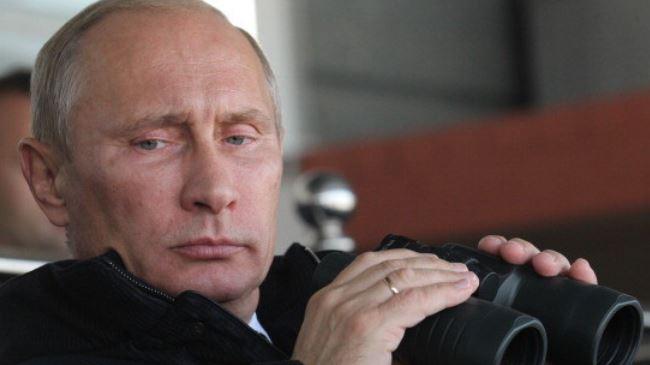 Vladimir-Putin-binocs