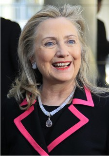 Hillary-Pretty-in-Pink