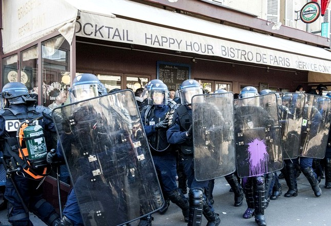 Paris-Riot_Police